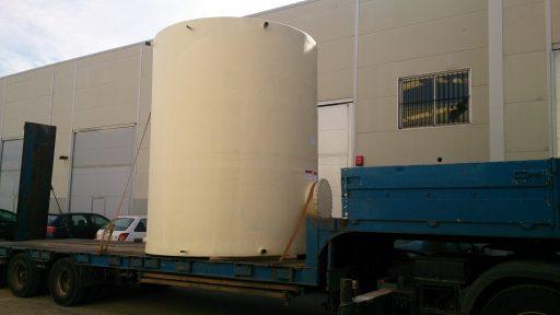 Depósito agua industrial