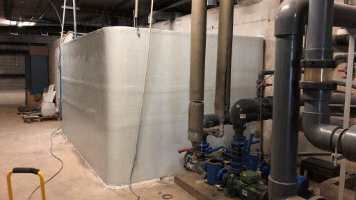 Depósito rectangular agua
